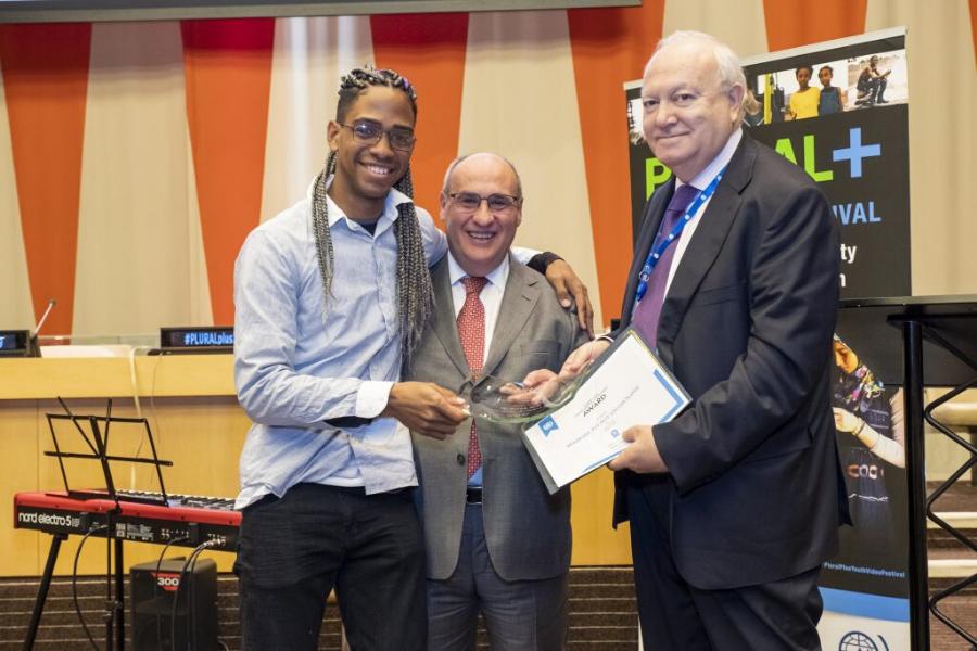 Jovem brasileiro é premiado em festival de vídeo da ONU