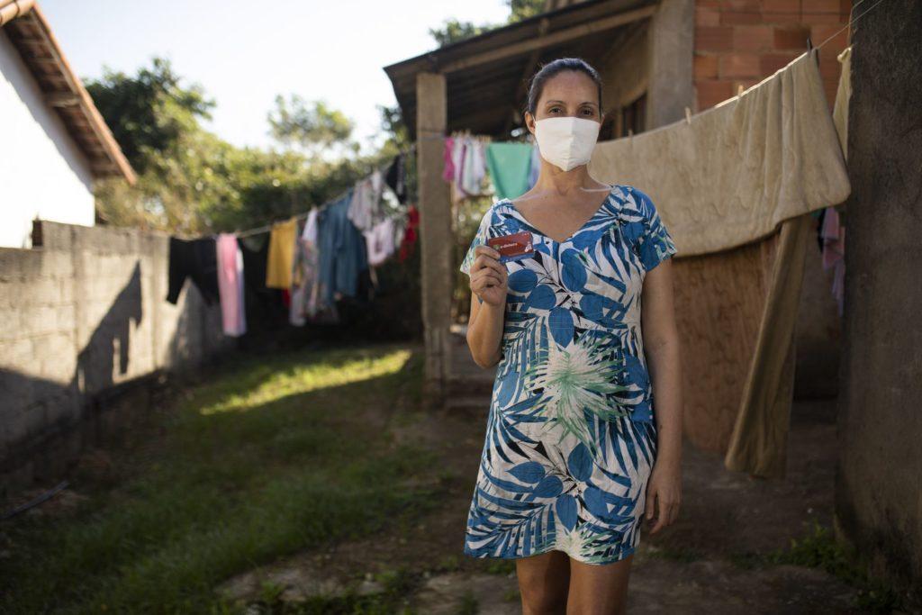 Pandemia: Município do Rio investe em moeda social para famílias em dificuldade