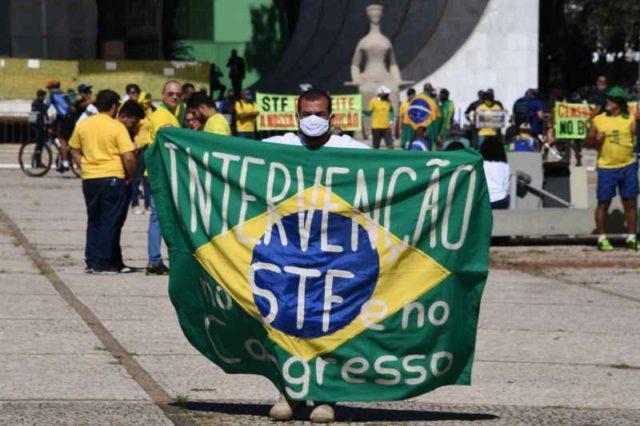 Brasileiros democraciarr