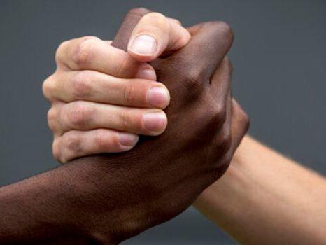 Como prefeitos e vereadores podem contribuir com a luta antirracismo? Foto: Reprodução