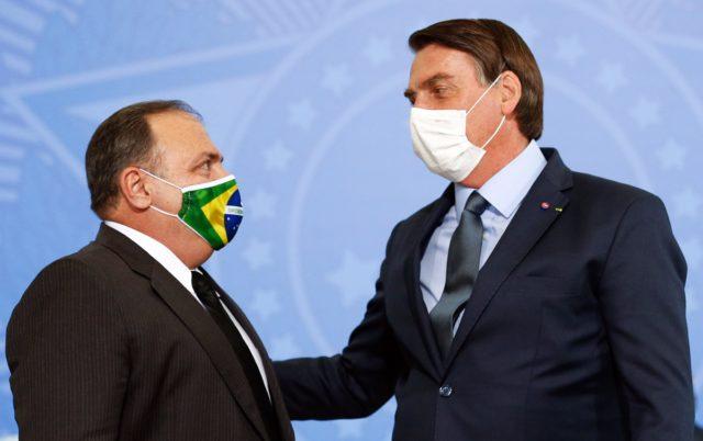 Bolsonaro e ministro da Saúde, Eduardo Pazuello