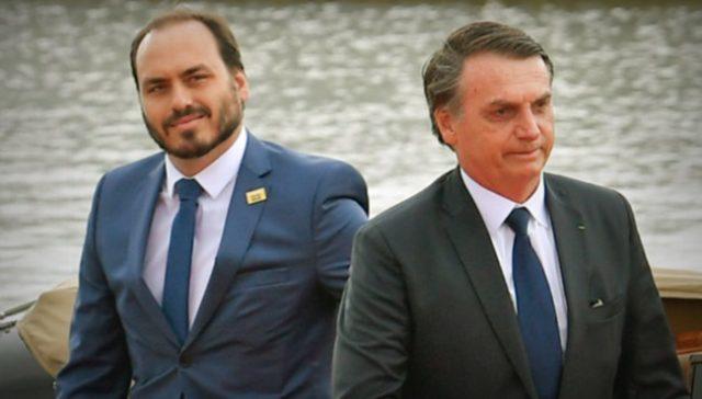 Carlos Bolsonaro e o pai