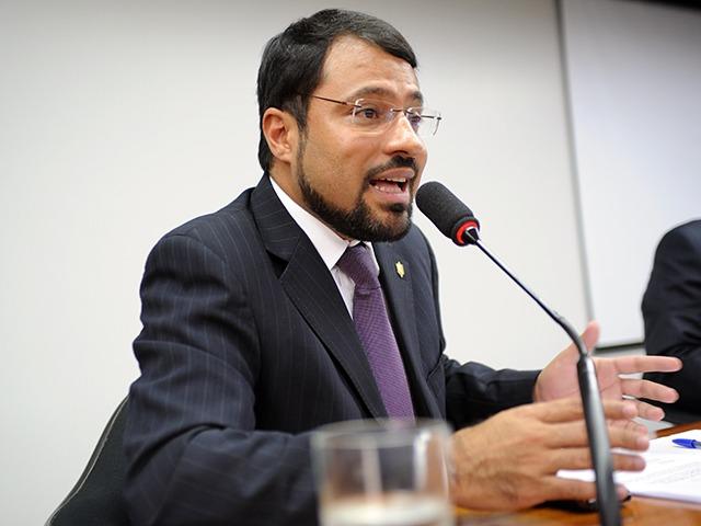 Camilo Capiberibe Amapá