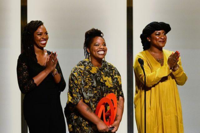 Opal Tometi, Patrisse Cullors e Alicia Garza foram reconhecidos com vários prêmios desde 2013 — Foto: Reprodução /Via BBC