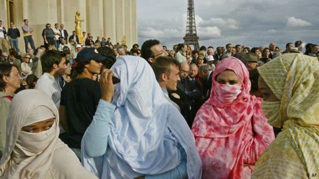 Segundo a OMS, testes de virgindade ainda são praticados em mais de 20 países ao redor do mundo - Foto: Reprodução