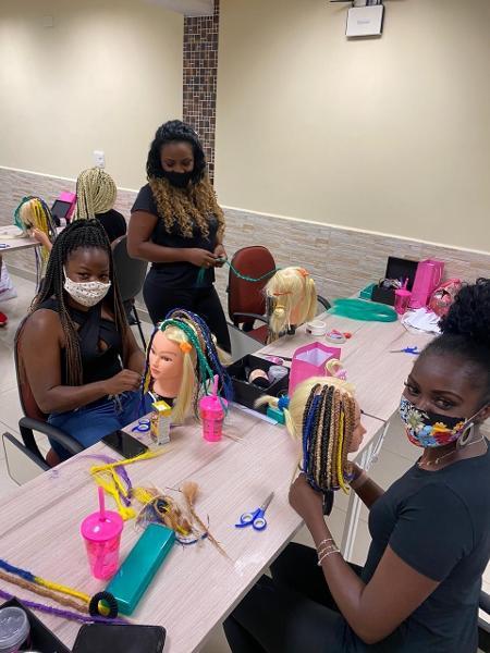 Empreendedoras compartilham conhecimento, com outras mulheres pretas - Foto: Divulgação