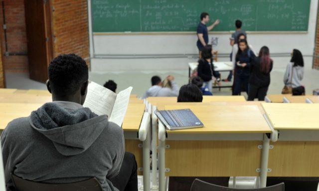 Programa dispõe de 162 mil bolsas em instituições de ensino particular - Foto: Reprodução/ Marcelo Casala Junior/ Agência Brasil