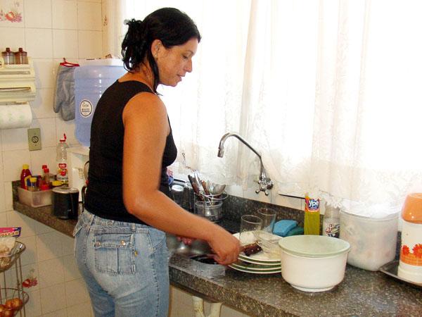 Mulheres que são dona de casa se questionam se podem ou não se aposentar - Foto: Reprodução