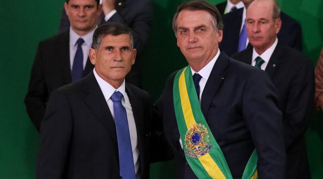 Santos Cruz e Jair Bolsonaro