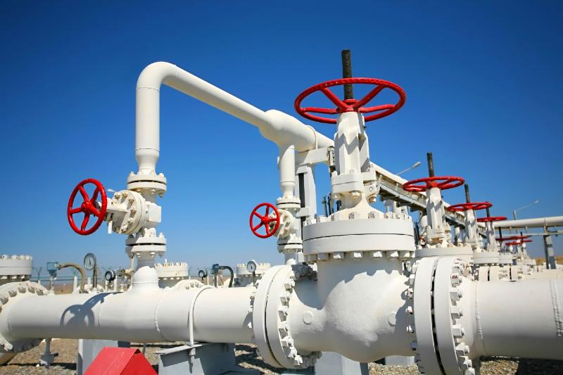 O governo federal alega que a nova legislação para o setor irá permitir o barateamento do gás natural e da energia no bolso do consumidor